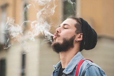 800x400 Guy Smoking Weed Public 2