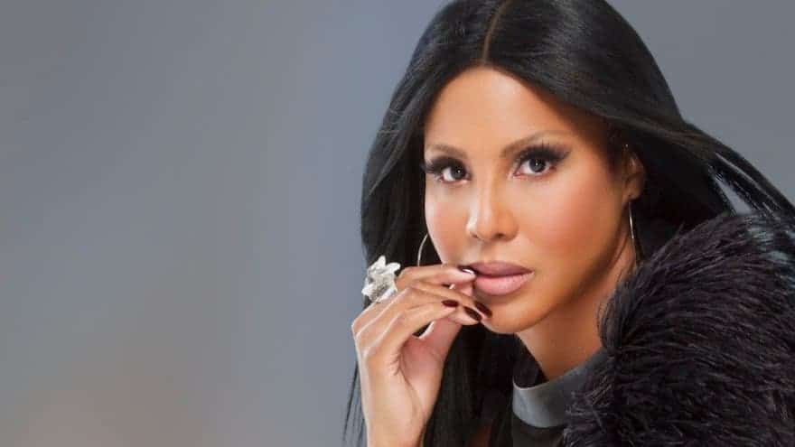 Toni Braxton Uses CBD for Lupus